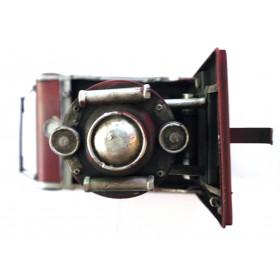 Vintage Φωτογραφική Μηχανή σε Μινιατούρα