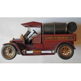 Παλιό Αμάξι Με Βαρέλια Ουίσκι